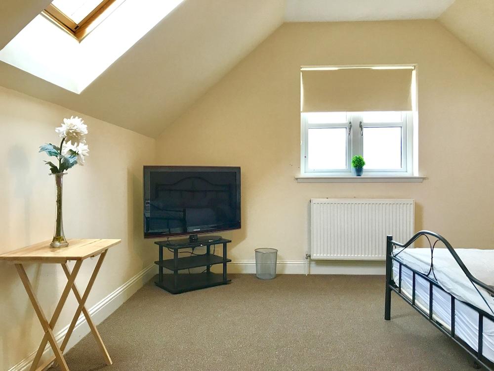 Woodgrove Holiday Homes, Inverness