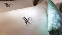 The H'All Tailor Suite Roma