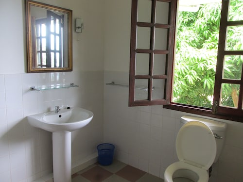 The House Self-catering,