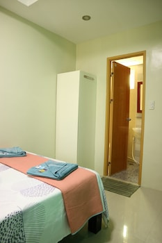 EA APARTELLE - METRO VIGAN Room