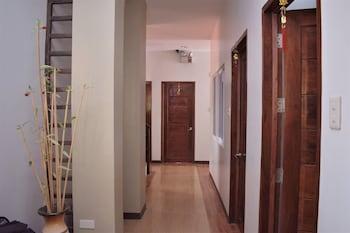 ZEN ROOMS SEASLUGS EL NIDO Hallway