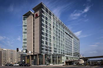 Omaha Marriott Downtown at the Capitol District photo