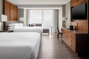 Classic Room, 2 Queen Beds, Non Smoking