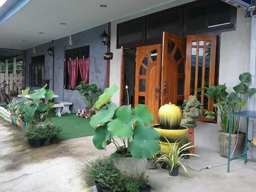 Sawang Guesthouse, Sawang Arom
