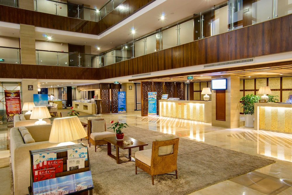 ティタン パラダイス アモイ ホテル (厦门天朗壹水湾度假酒店)