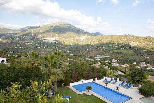 . Hotel Cortijo de Salia