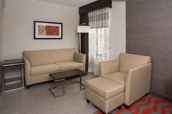 Suite, Multiple Beds, Accessible, Non Smoking (Hearing, Roll-In Shower)