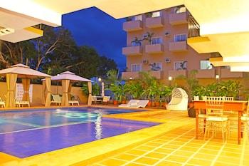 SIERRA HOTEL Outdoor Pool