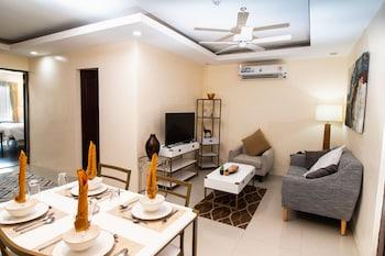 SIERRA HOTEL Living Area