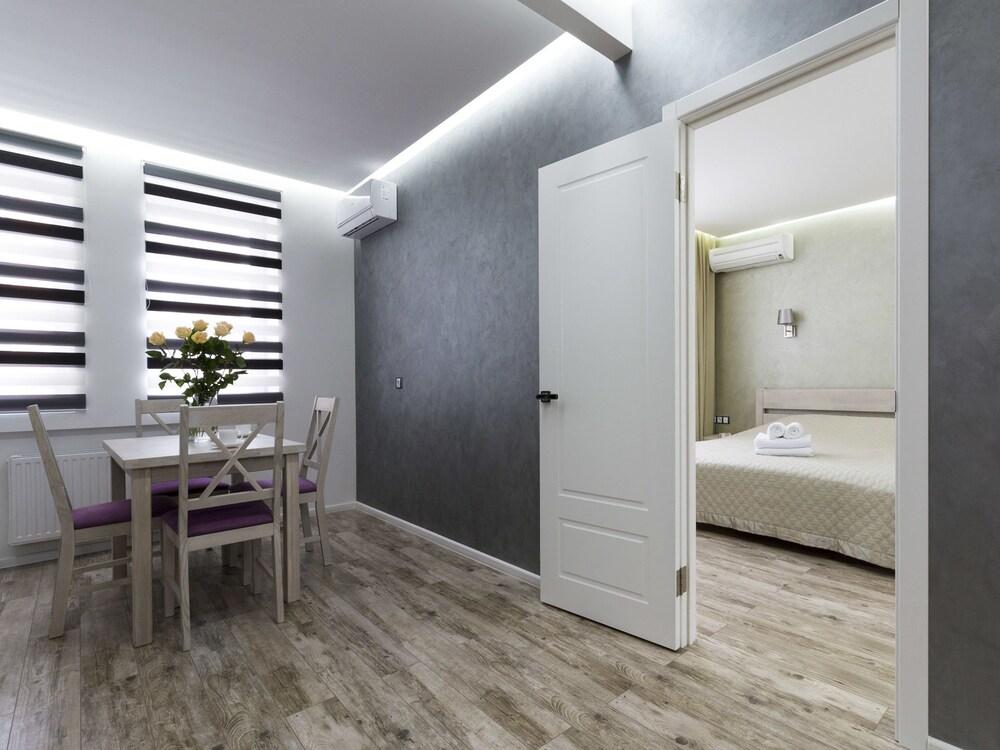 Апартаменты «CityApartments в Академгородке»
