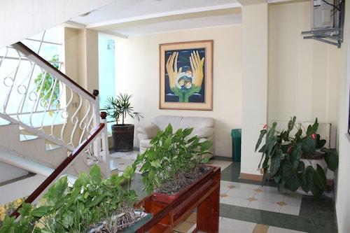 . HOTEL CHRISTIAN PALACE