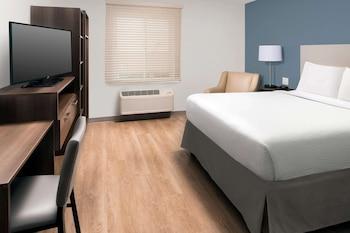 Room, 1 Queen Bed, Accessible, Non Smoking (1 Person Sofa Bed, Bathtub)