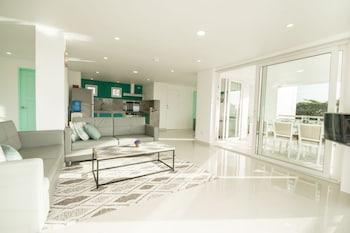 INDILA BORACAY Living Room