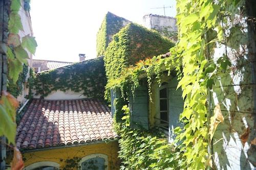 . La Résidence - Arles