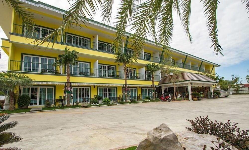 カムパン ホテル