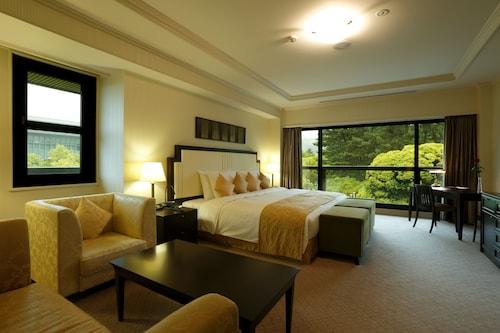 __{offers.Best_flights}__ Noborioji Hotel Nara