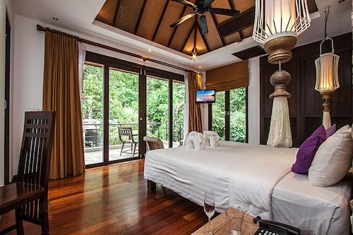 Nirano Villa 12 1 Bed, Kathu
