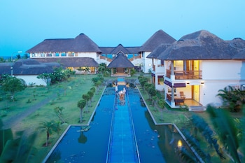 Hotel - Le Pondy Beach & Lake Resort