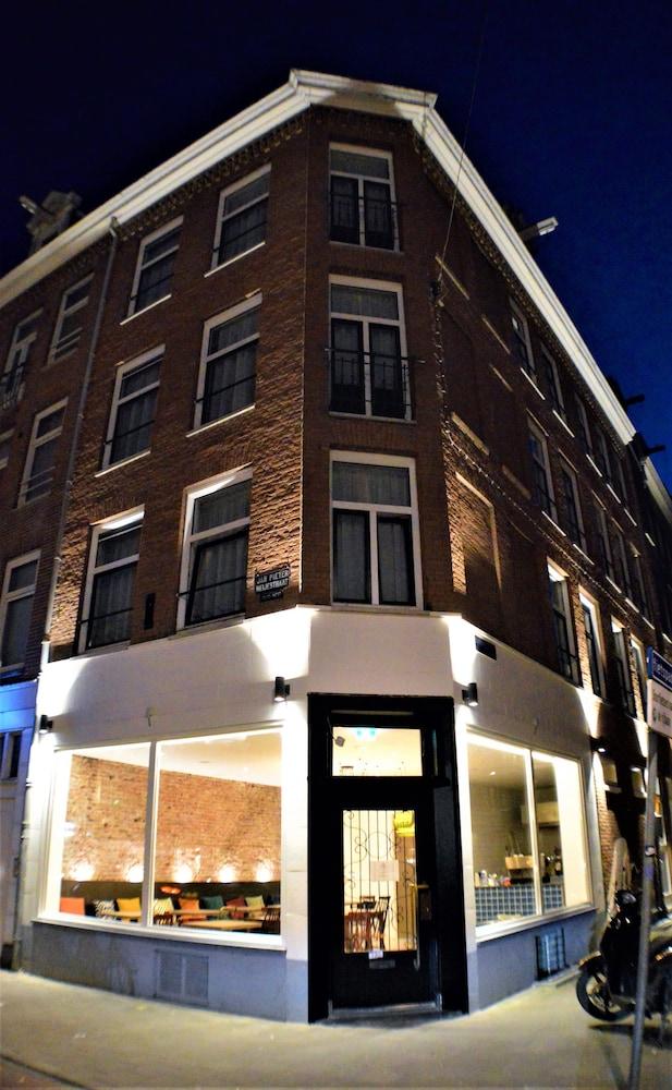 Hotel Heye 130 Amsterdam Qantas Hotels Australia
