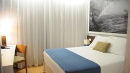 LIZZ Hotel