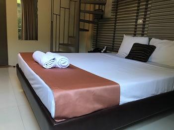 REGENCY HOTEL DE VIGAN Room