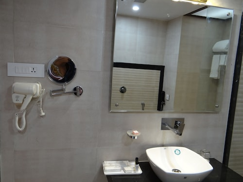 Hotel Tridev, Varanasi
