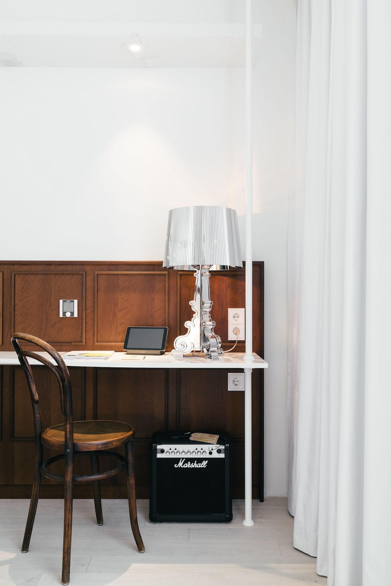 Basic Double Room (Nest Room)