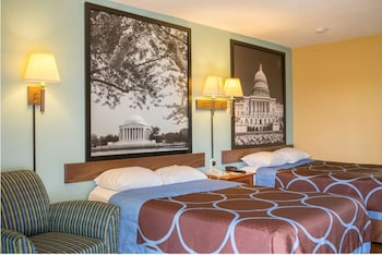 Guestroom at Super 8 by Wyndham Alexandria/Washington D.C. Area in Alexandria