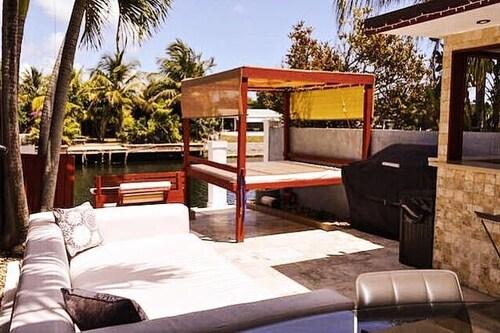 2 Bedroom Homes in North Miami by TMG, Miami-Dade