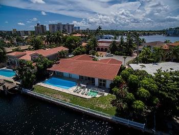 6 Bedroom Homes In N Miami Beach By Tmg