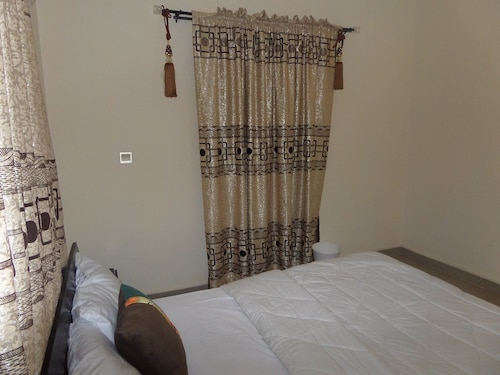 Apartment 1 Suites, Bwari