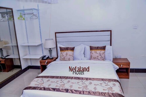 Nefaland Hotel, Kinondoni