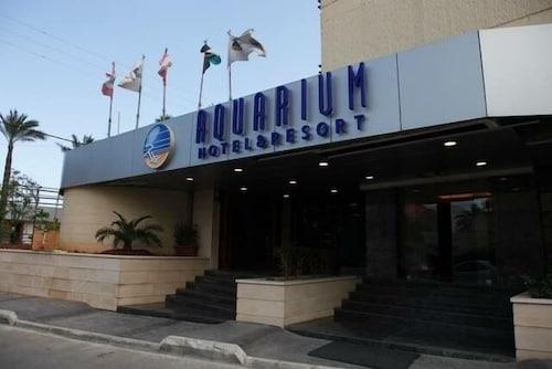 . Aquarium Hotel & Resort