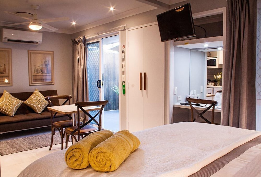 Hotel Paperbark Bed & Breakfast