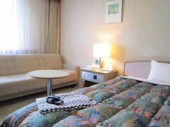 シングルルーム 喫煙可|ホテルルブラ王山