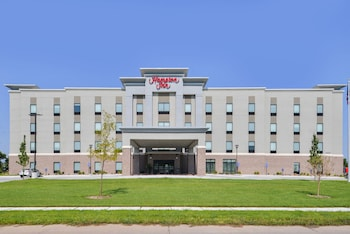 Hampton Inn Omaha Airport photo