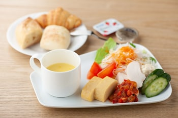 GOZAN HOTEL&SERVICED APARTMENT Breakfast Meal