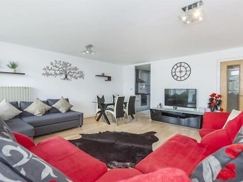 Excel Deluxe Apartment, London