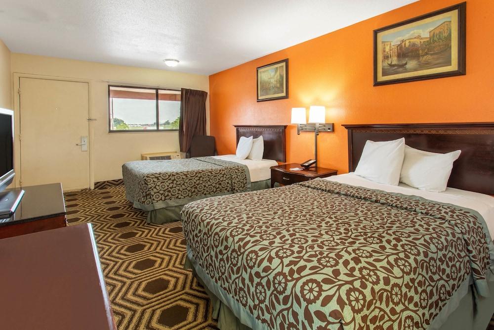 Room, 1 Queen Bed, Non Smoking