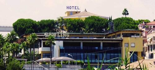Hotel Villa Dei Romanzi, Teramo