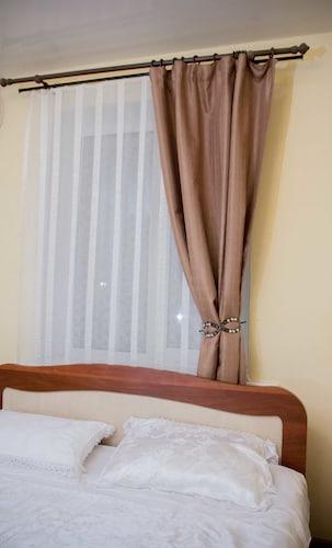 Elysium Hotel, Volzhskiy rayon