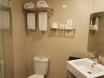 LUXE IN VENICE - THE VENICE RESIDENCES Bathroom