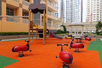 LUXE IN VENICE - THE VENICE RESIDENCES Childrens Play Area - Outdoor