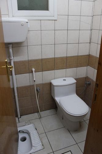 Al Eairy Furnished Apartments Al Baha 2,