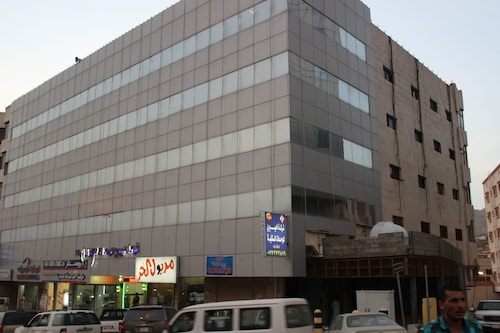 Al Eairy Furnished Apartments Al Baha 4,