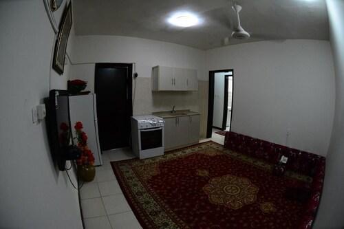 Al Eairy Furnished Apartments Dammam 8,