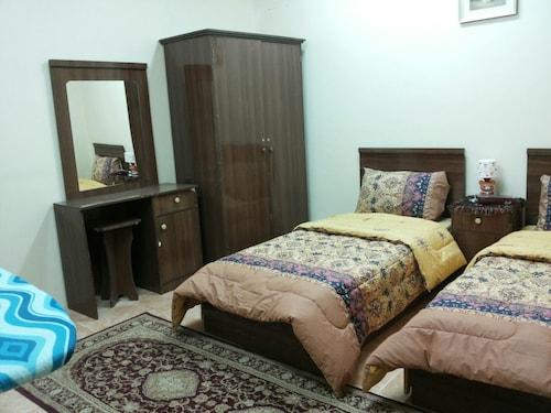 Al Eairy Furnished Apartments Al Ahsa 4,