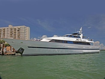 Salt Dancer Mega Yacht Vacation