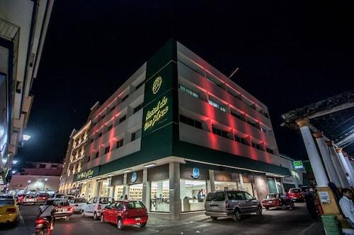 __{offers.Best_flights}__ Hoteles Piedra Alta by De Los Perez
