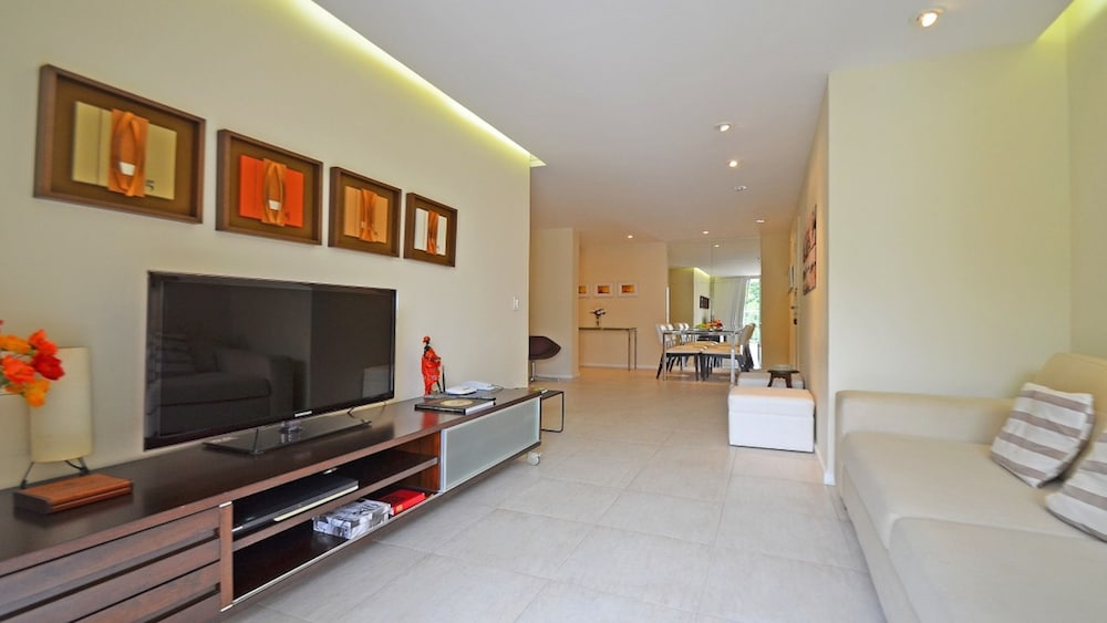 MZ Apartments Leme I